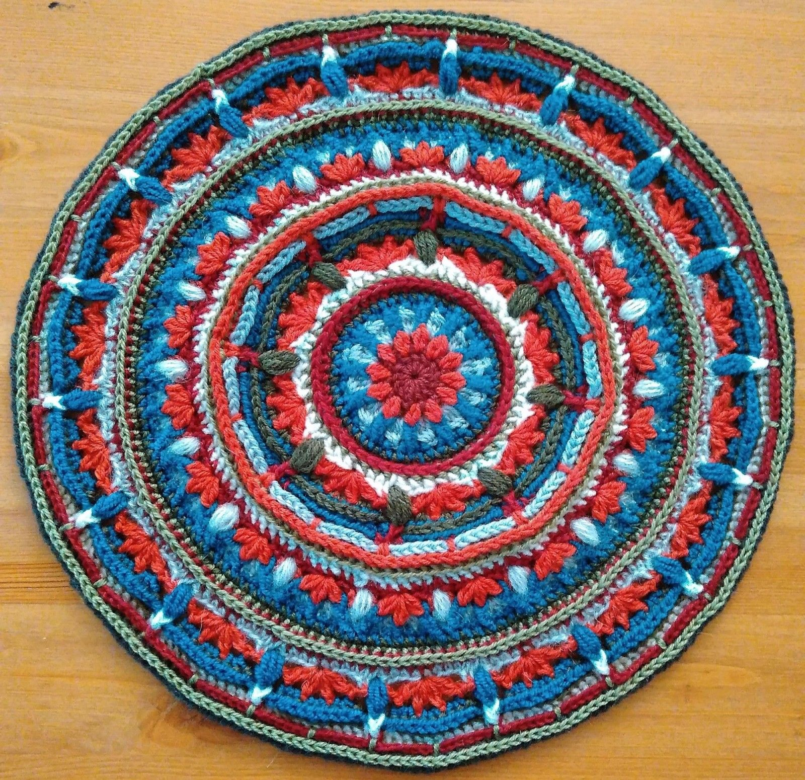 lilliana crochet cal tibetan | CrochetHolic - HilariaFina | Pinterest