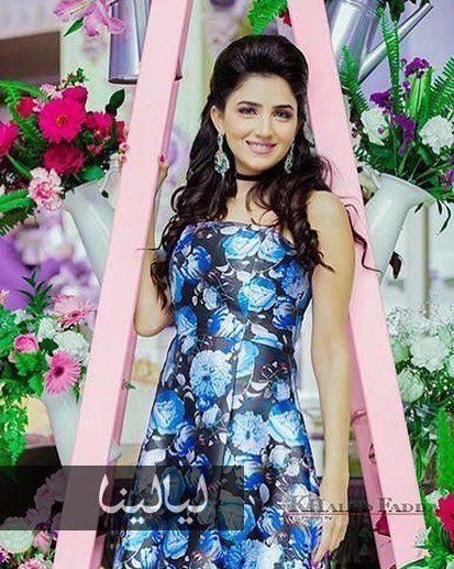 صور مي عمر ملكة جمال بعيدا عن الأسطورة بإطلالات صيفية ت نسيك شهد موقع ليالينا Dresses Graduation Dress Fashion