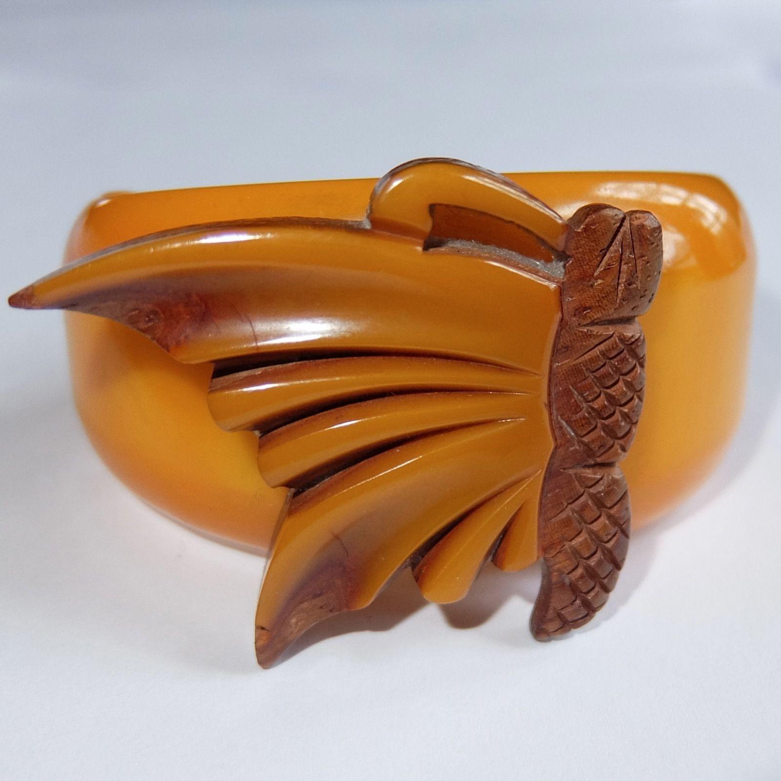 Vintage Bakelite Set~1960s Bakelite /& Wood Bangle~Bakelite and Wood Earrings