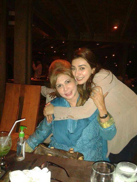 Ayesha Khan with her mother♧ | Showbiz | Celebrities