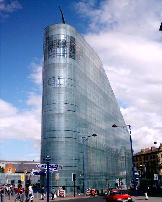 Urbis Football Museum Modern Buildings In Manchester Vs