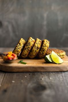 Healthy Quinoa Cakes with Chickpeas and Mango Salsa - these protein packed cakes are great as an appetizer or a meal! by @healthynibs
