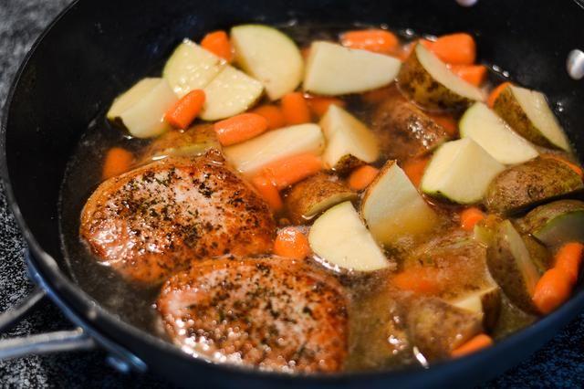 how to cook pork sirloin chop on pot
