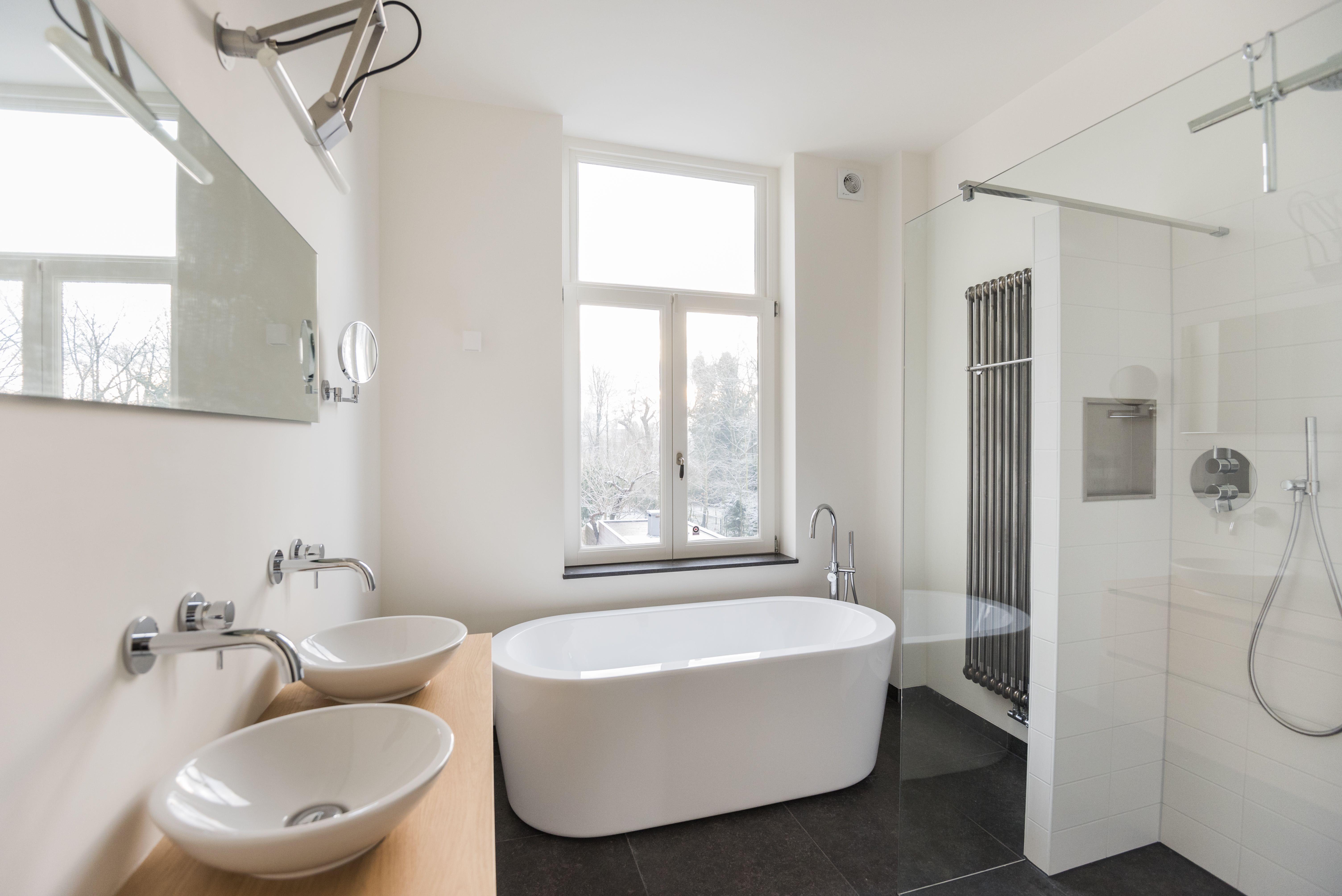Badkamers Eigentijds Baronielaan Breda, Het Badhuys | Het Badhuys ...