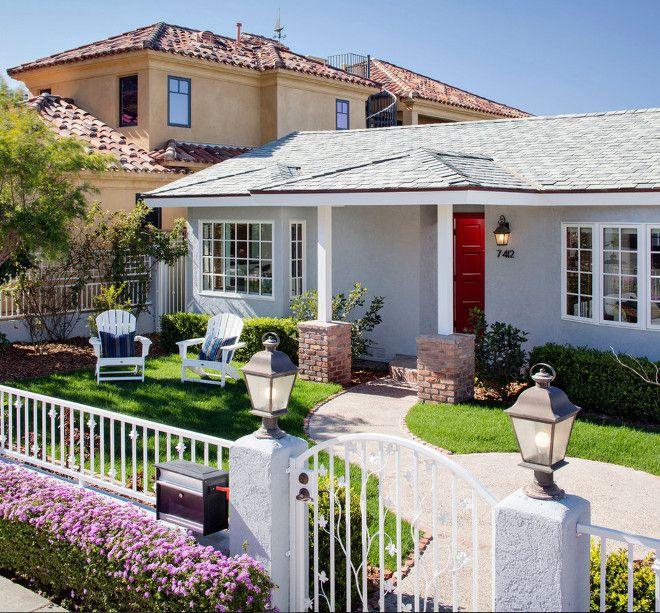 Wondrous House Body Color Is Dunn Edwards Silver Lined De6353 Trim Is Dunn Largest Home Design Picture Inspirations Pitcheantrous