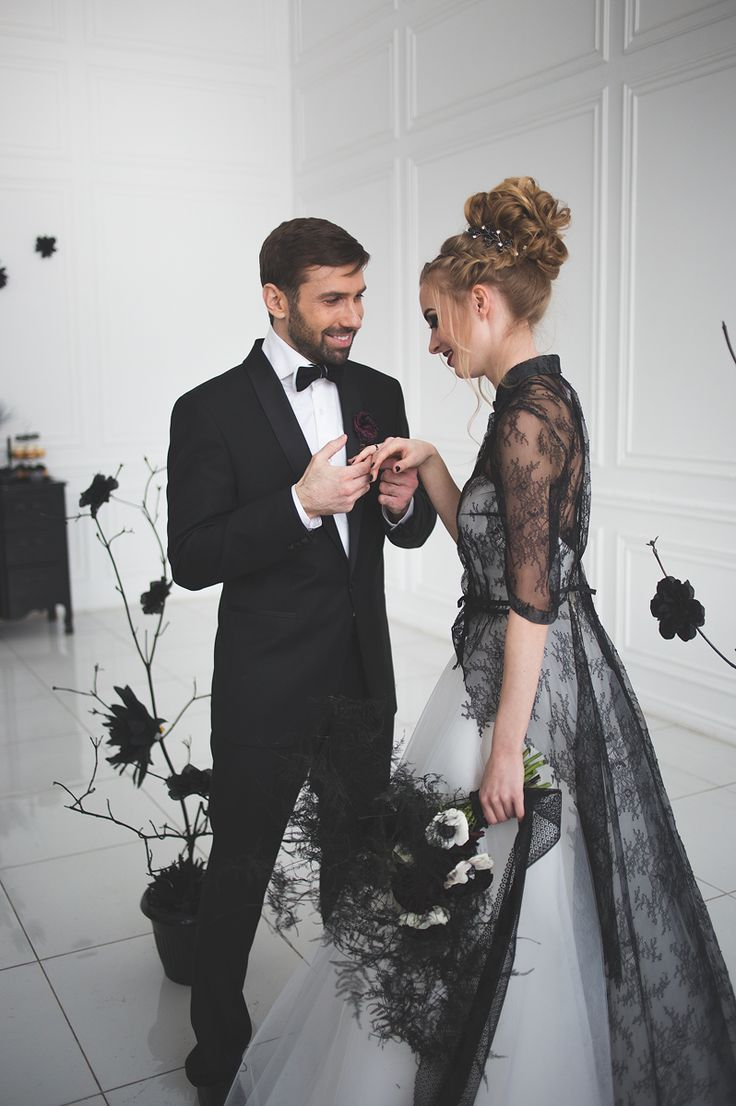Black and white wedding dress for A Magic Black Wedding Inspiration Shoot | Photo by Anastasia Marchenko of Your Personal Photographer | Read more on Fab Mood - UK wedding blog #blackwedding #weddingideas