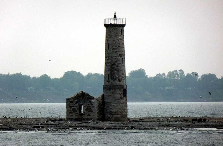 lighthouse great lakes photos - Google Search