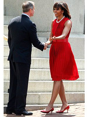 Michelle obama red checkered dress pictures