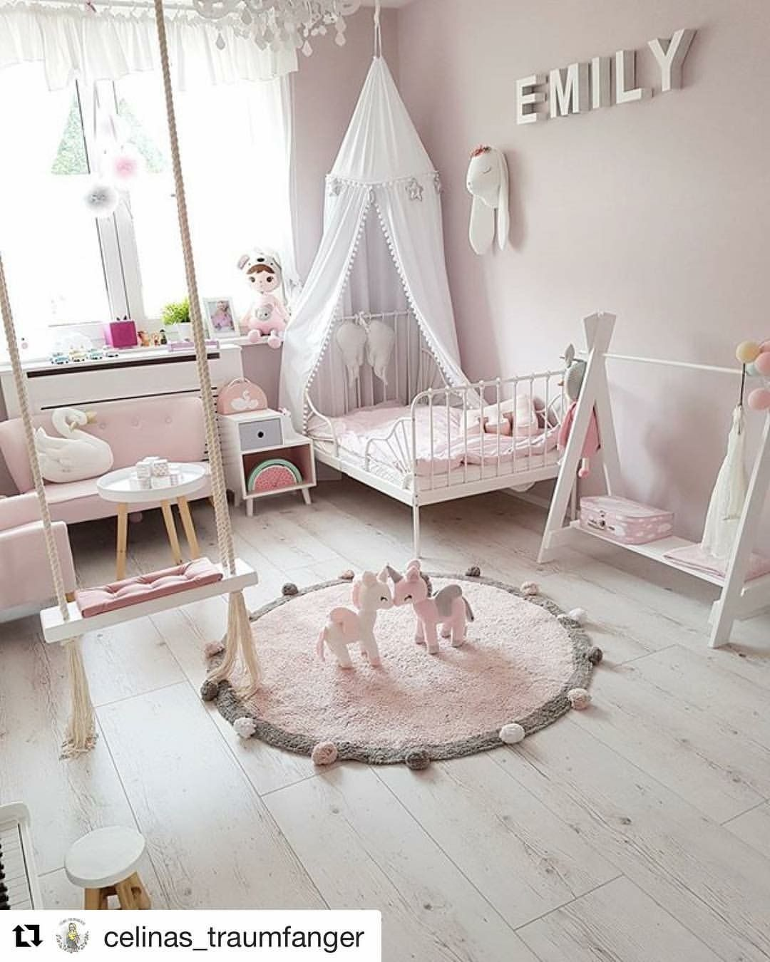 pin von laura sotorres auf baby room pinterest kinderzimmer kinderzimmer ideen und. Black Bedroom Furniture Sets. Home Design Ideas