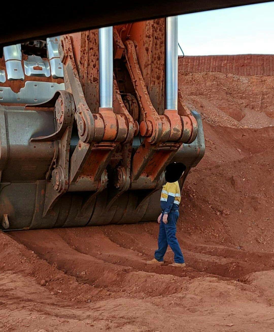Pin by Ahsan on Crane | Heavy equipment, Heavy machinery ...