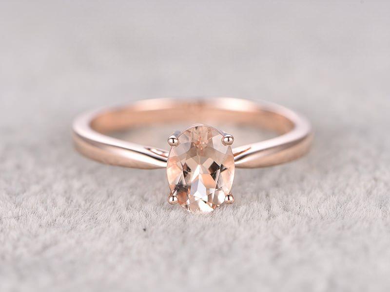 23 anéis de noivado com ouro rosê para derreter seu coração   Anéis ... 2497b1471a