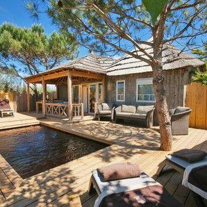 Tiki Huts On The Beach South Of France Holidays France Tiki Hut Tiki Lounge