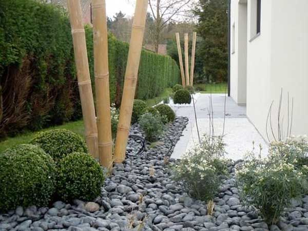 Comment am nager un jardin zen le bambou plante for Decoration parterre exterieur