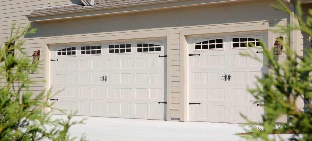 Simple Garage Door Styles With Carriage Doors And Double Door You Can Apply  In Your Home Garage