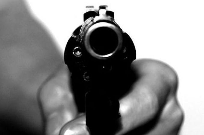 Un Muerto Y Dos Heridos En Enfrentamiento Entre Policías Y Asaltantes