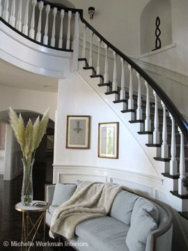 I want the white spindles with the dark brown railing, and matching dark brown steps against white paint.