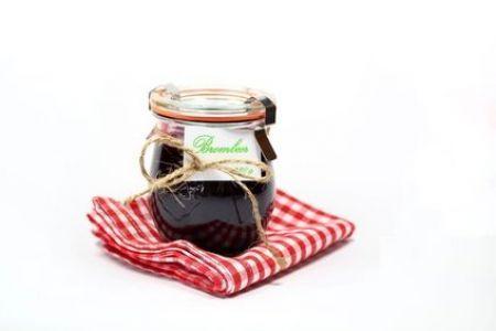 Zwetschken-Marmelade mit Brombeeren