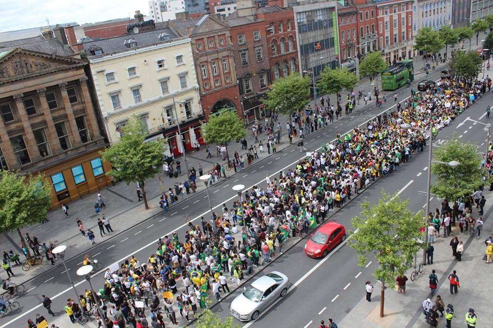 Folha Política: Manifestações na Irlanda declaram apoio ao Brasil e repúdio à corrupção
