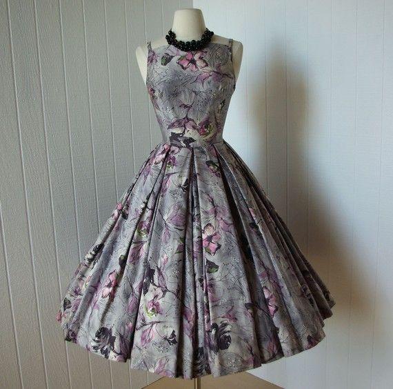 Vintage 1950s Dress ...fabulous Harzfeld's Silver Grey