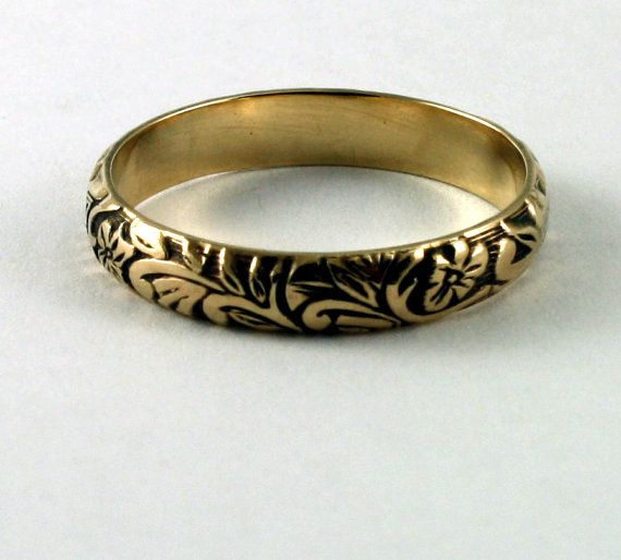 Victorian Floral Wedding Band 14k Gold FREE ENGRAVING Floral