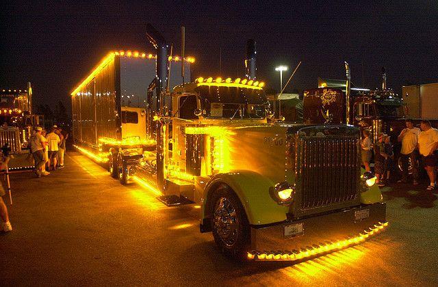 Night Train Trucks Big Trucks Peterbilt Trucks