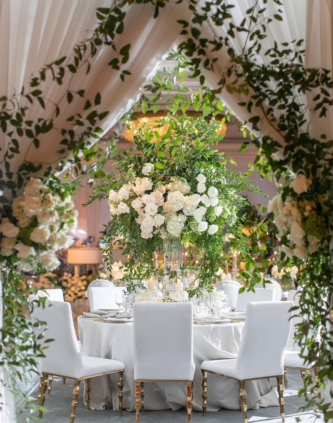 56 Easy Ways To Decorate Your Wedding Reception Wedding Decor Ideas Wedding Decoration Ideas On A In 2020 Wedding Inside Wedding Decorations On A Budget Dining Design