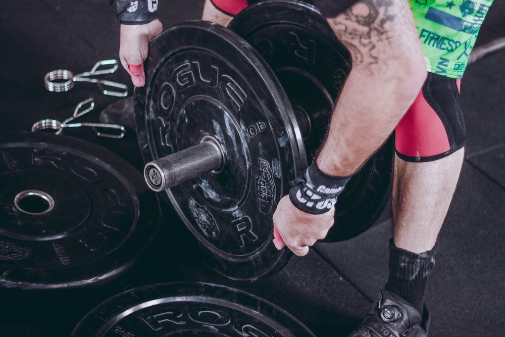 Did You Know That Free Weights Have 362 Times More Bacteria Than A Toilet Seat With Images Build Muscle Weight