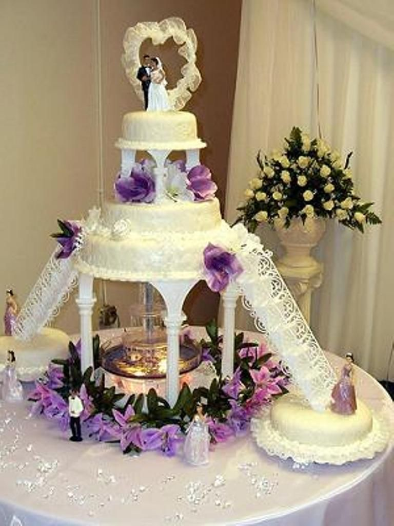 Wedding Cake Designs With Fountain Selecting Appropriate Wedding ...