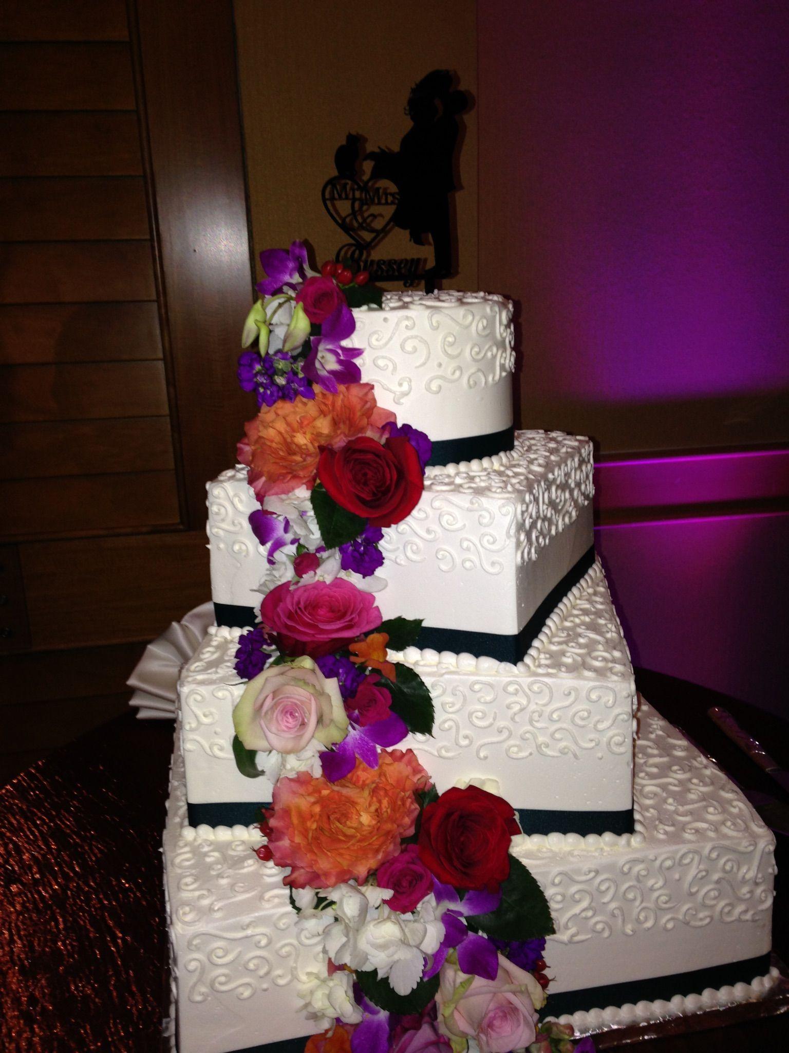 Gorgeous Wedding Cake Prepared By A Local Bakery Julie Bakes Hyattchesapeakebay