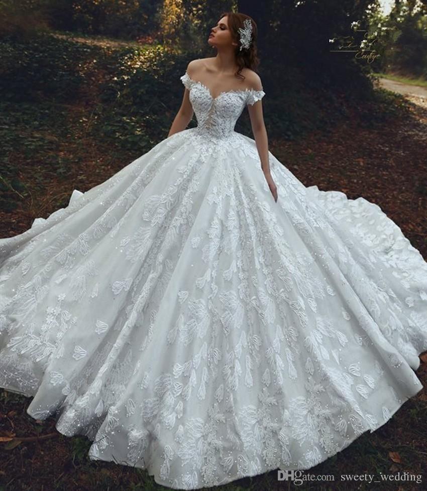 Pin By Darla Puterbaugh On Dress Vestidos Ball Gowns Wedding White Lace Wedding Dress Princess Wedding Dresses [ 1258 x 1080 Pixel ]