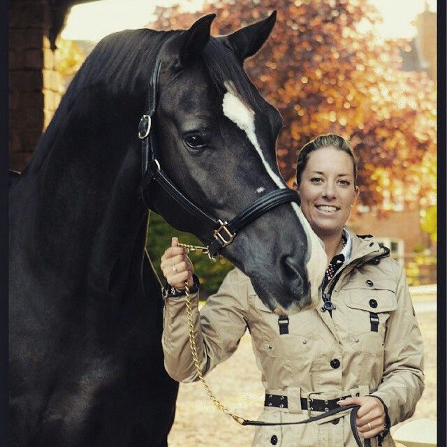 Charlotte Dujardin and the magnificent Valegro.  Photo source:  http://instagram.com/p/yArKLbks79/