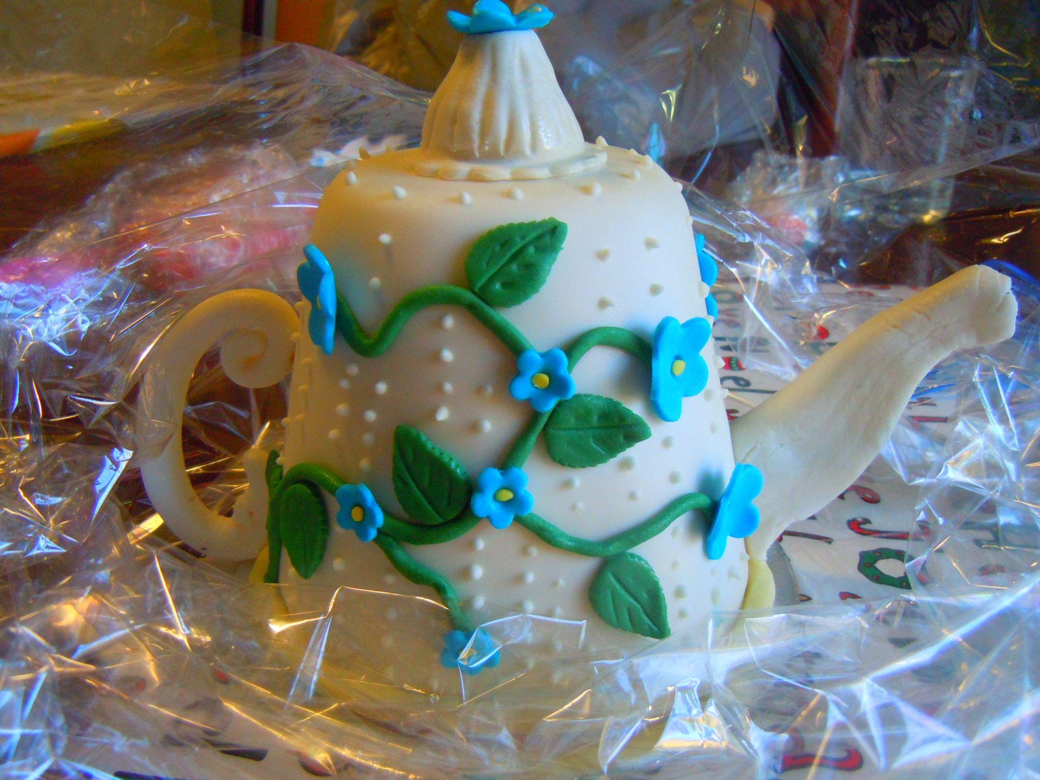 another tea pot cake I made