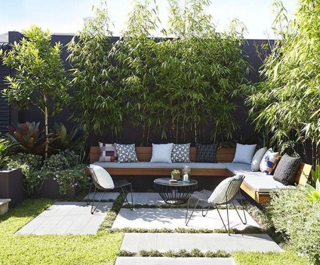 Stunning 20 Chic Small Courtyard Garden Design Ideas For You Hofgarten Innenhof Garten Garten Design