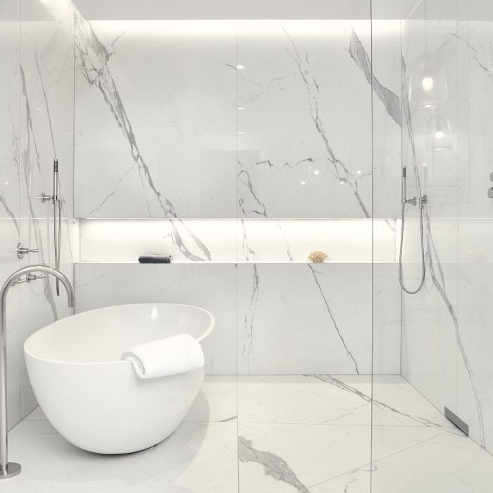 Statuario Extra Natural Porcelain Tile From Our Depth 6mm Extra Large Format Tiles Fabrica Bathroom Design Luxury Large Tile Bathroom Bathroom Design Decor