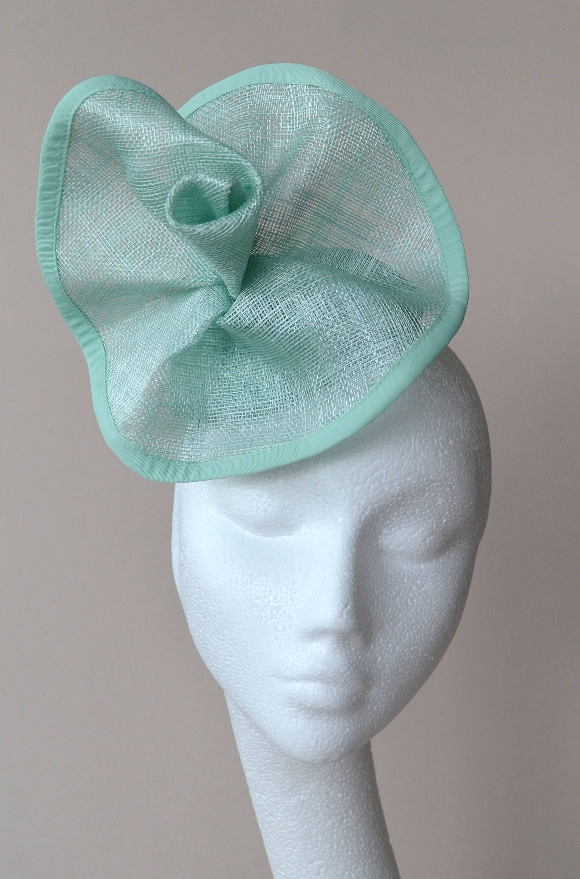 Mint green percher hat. Mint green fascinator. Mint green wedding hat. Mint  green flower hat. Mint green Ascot hat. Mint green Derby hat. by  jaracedesigns ... dcd15a6d3ec