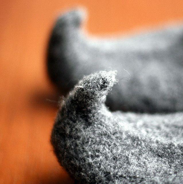 elf shoes TOE! by flint knits, via Flickr