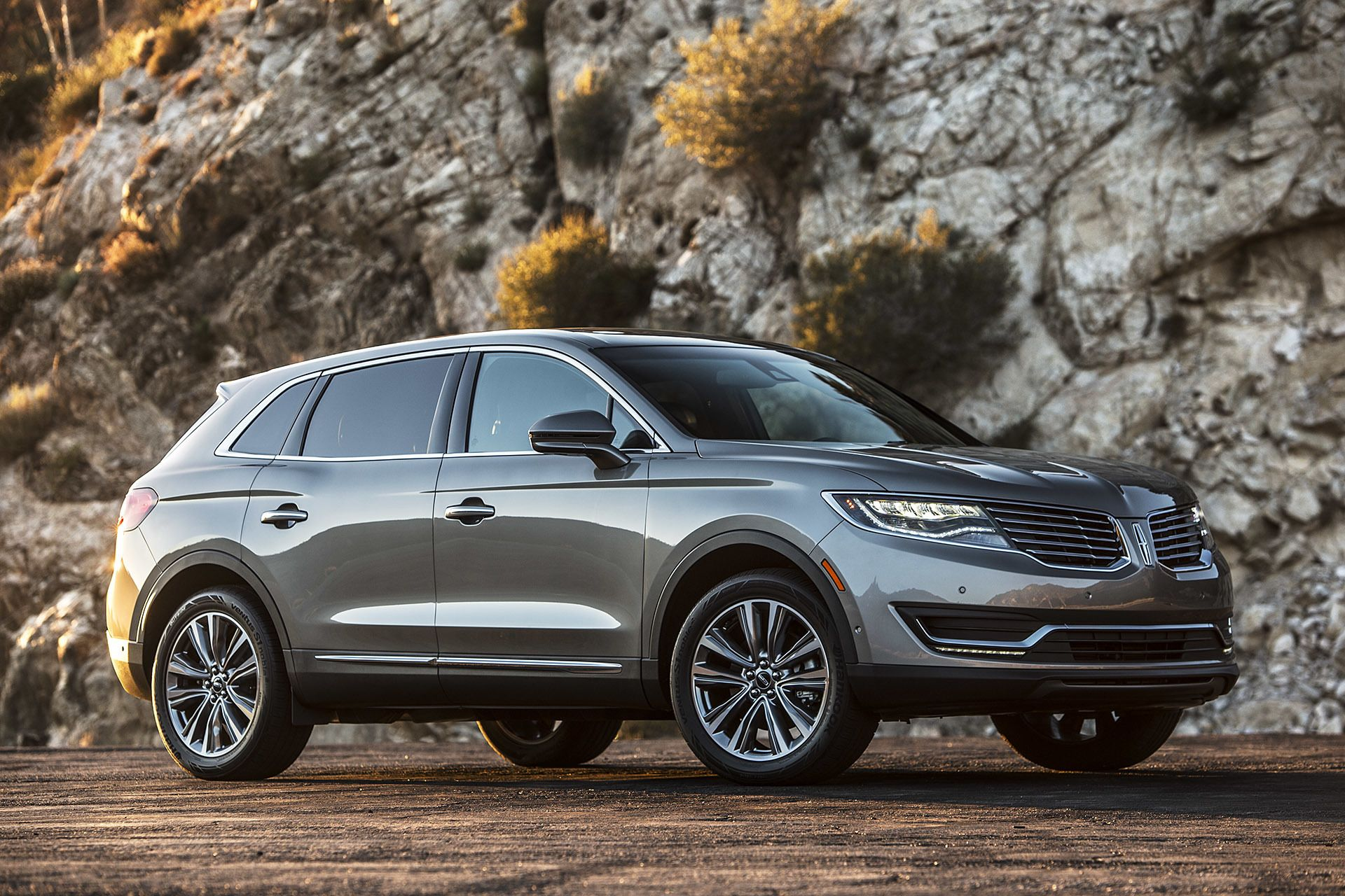 2016 Lincoln MKX First Drive [w/video]