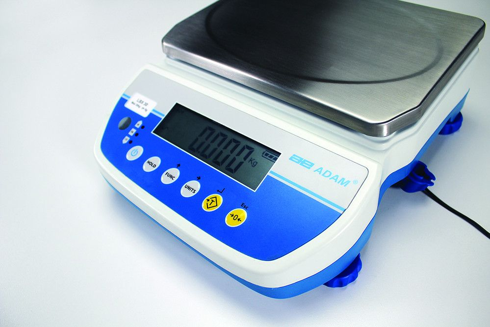 Latitude Compact Bench Scales Deliver An Excellent Value For Weighing Checkweighing Percentage Weighing And Counting With Latitude Scale Industrial Scales