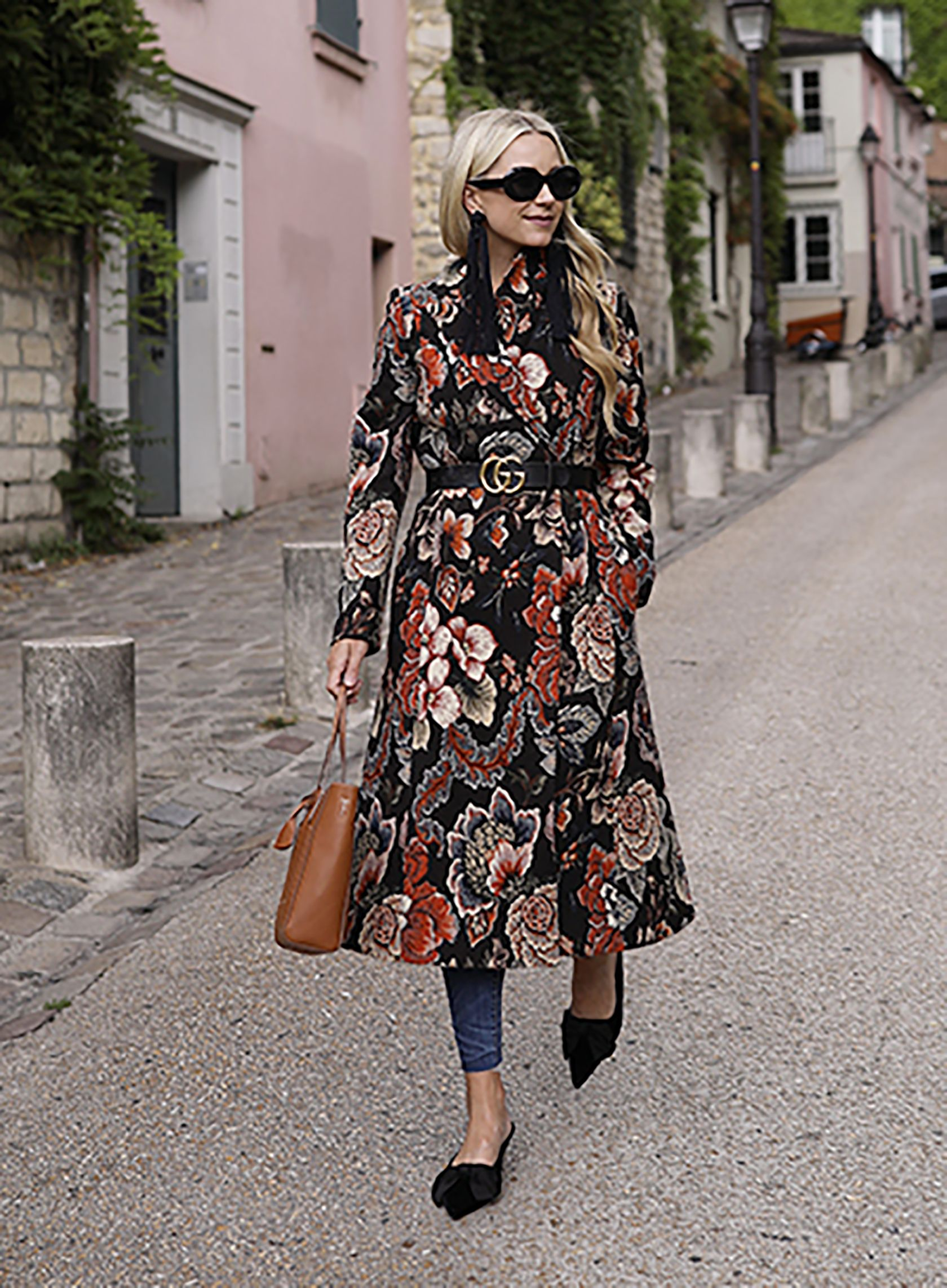 f903ef3bc42 Sydne Style shows how to wear a black gucci belt with outfit ideas from fashion  blogger atlantic pacifice  gucci  belts  bloggerstyle  outfits  outfitideas