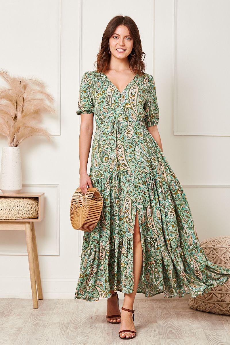 Jolie Maxi Dress In Green Paisley Maxi Dress Dresses Maxi [ 1200 x 800 Pixel ]