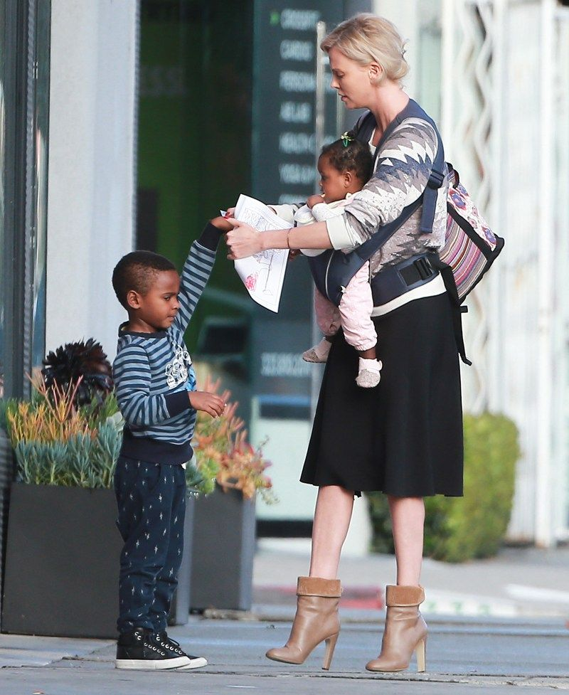 Charlize Theron's Son Jackson Caught Throwing ANOTHER Epic Tantrum… | Mama's | Charlize theron ...