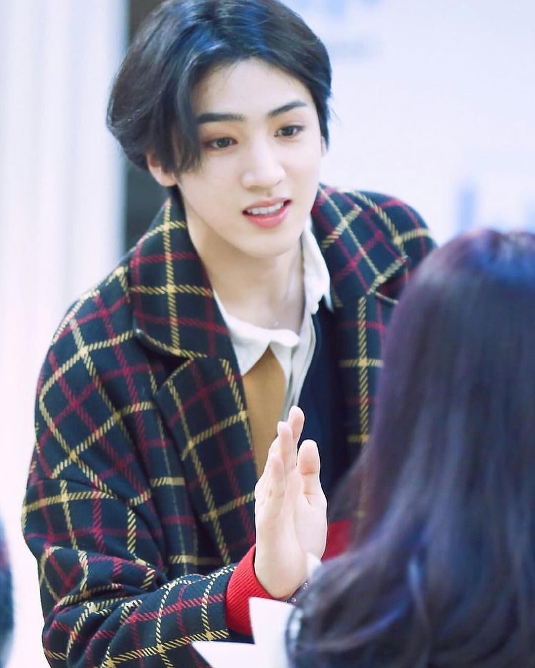 Wooseok W His Long Hair Tucked Behind One Ear Pentagon Wooseok Long Hair Styles Pentagon