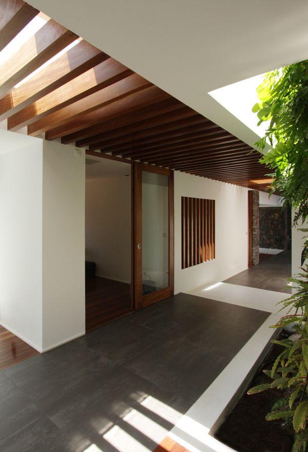 puerta, jardin, techo portones Pinterest Arquitectura, Jardín