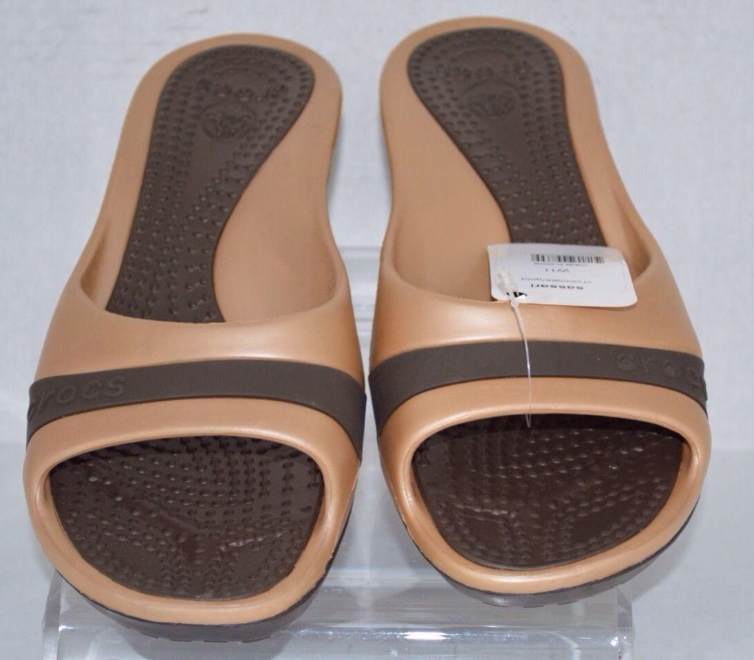 195a5f0a3 Women s Crocs Sassari Wedge Shoes Chicolaite Gold Size 11 New ...