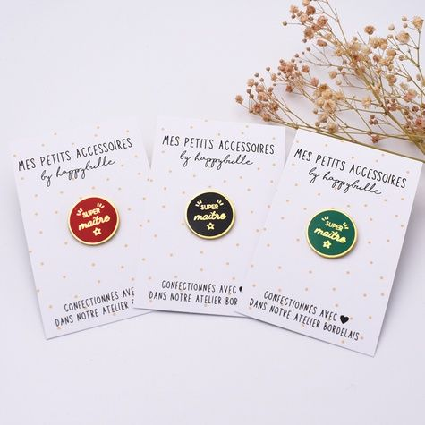 Idee Cadeau Petit Prix.Pin S Super Maitre 3 Coloris Pin S Edition Speciale