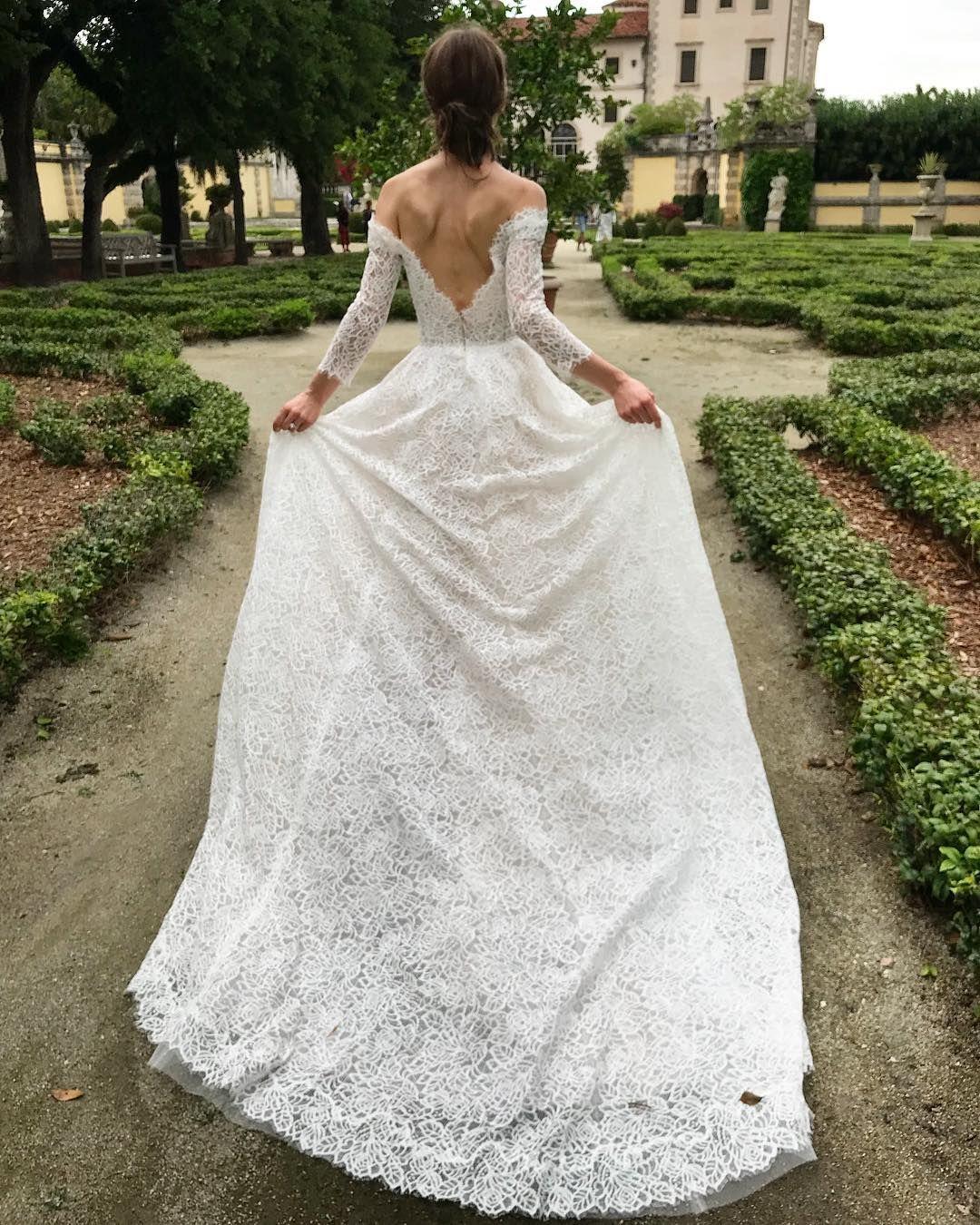 Monique Lhuillier Bride On Instagram Running Into The Weekend
