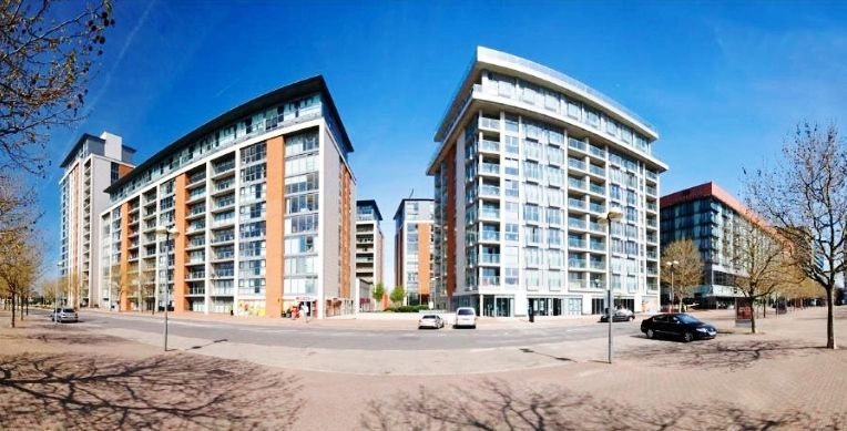 3 Bed Penthouse To Rent The Oxygen Royal Docks E16 680 Apartments For Rent Property Views