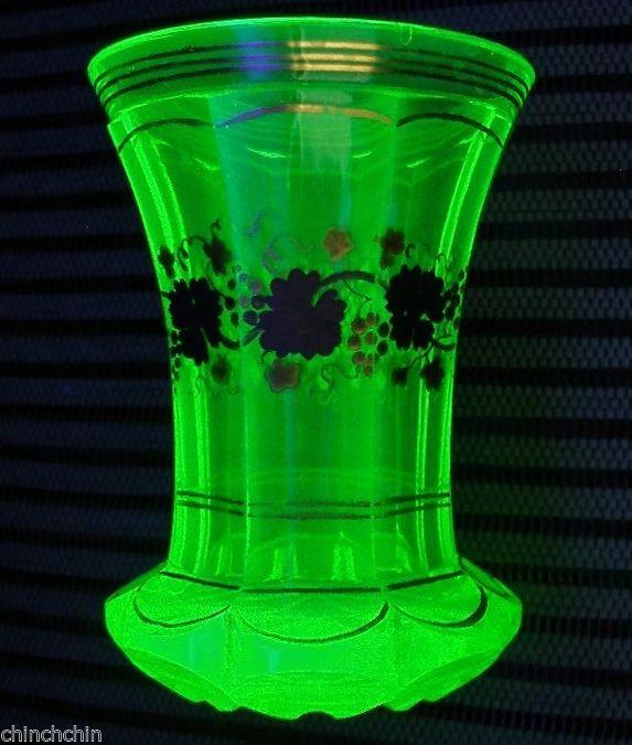 Exquisite Moser Vaseline Vase 1800s Hp Grapes Glass Uranium Glows In