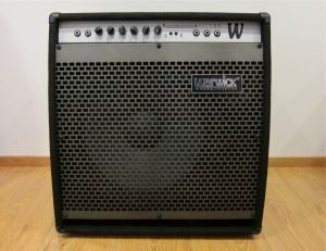 Warwick BC 150 bass combo.  Read the review on Kitarablogi.com