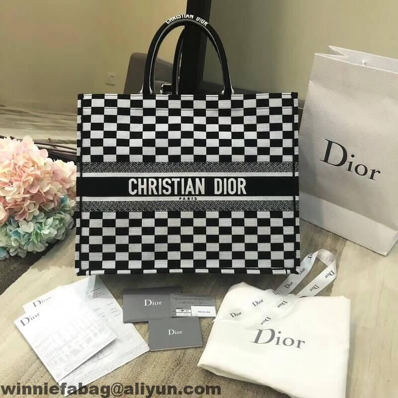 a263cddaf7a5 Dior Book Tote Bag in Black and White Embroidered Canvas 2018